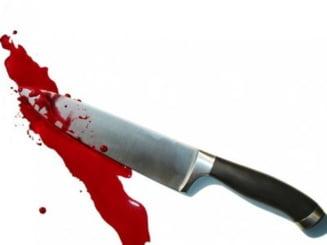 Barbat injunghiat mortal in inima, in fata copilului, in Reghin (Video)