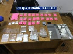 Barbat prins cu droguri de 60.000 de euro, intr-un apartament inchiriat in Brasov. L-a reclamat proprietarul
