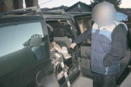Barbat prins cu tigari de contrabanda in urma unui control in trafic, la Falticeni