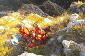 Barbat ranit dupa ce a cazut cu parapanta, langa Cheile Turzii. Victima a fost preluata de un elicopter SMURD si dusa la un spital din Targu Mures