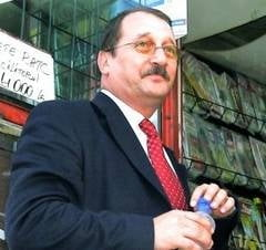 Barbat retinut pentru santaj, la Constanta - Victima este Mircea Basescu (Video)