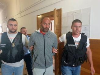 Barbatul care a ucis doi soti intr-un parc din Timisoara, condamnat la 31 de ani si 4 luni de inchisoare. Decizia este definitiva