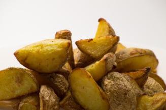 Barbatul care mananca numai cartofi - cat a slabit in doua luni