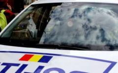 Barbatul suspectat ca a acostat mai multe fete in apropierea unei scoli din Cluj-Napoca, prins de politisti si retinut