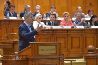 Barna: Un singur parlamentar USR lipseste din motive de sanatate. Orban: Motiunea va trece cu 241 de voturi