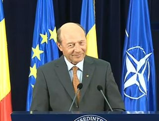 Basescu: Analizez sa denunt pactul de coabitare. Ponta s-a bagat cu bocancii in justitie