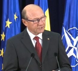 Basescu: BNR sa cumpere aur de la Rosia Montana, sa ramana in tara pana la ultimul gram