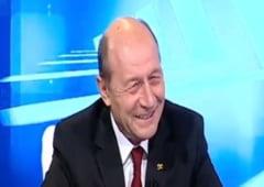 Basescu: Cat timp Iohannis il mangaie intre cornite pe Ponta, nu va avea un guvern PNL (Video)