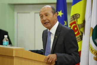 Basescu: Cum se va simti Iohannis daca va fi nevoit sa primeasca juramantul unor penali?