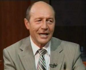 """Basescu: Daca vindem din nou copiii pe voturi ne putem scrie """"imorali"""" pe frunte"""