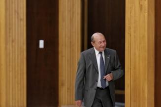Basescu: Daca vom fi chemati la guvernare, intram. Daca nu, vom sustine guvernul liberal in orice conditii
