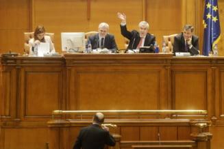 Basescu: Daddy? Un descreierat bolnav de putere care si-a decapitat doua guverne in 12 luni