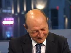 Basescu: Dragnea e tipul omului de la tara. Ponta a candidat la prezidentiale de prost (Video)