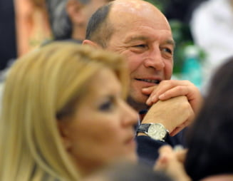 Basescu: Elena Udrea poate sa il bata pe Victor Ponta fizic, daca e nevoie (Video)