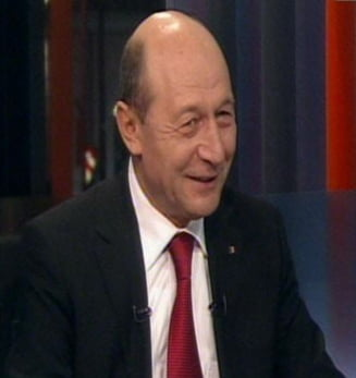 Basescu: Elena Udrea va deveni un politician de forta, dar sa ia posete mai ieftine
