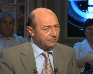 Basescu: Exista riscul sa cer PDL sa boicoteze referendumul