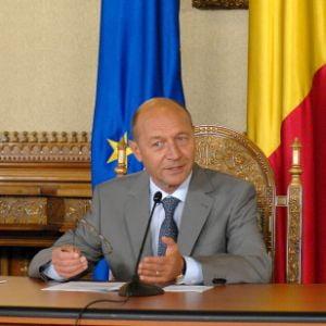 Basescu: Geoana, sef peste bostanarie, Mazare, dovada teribilismului si a prostului gust