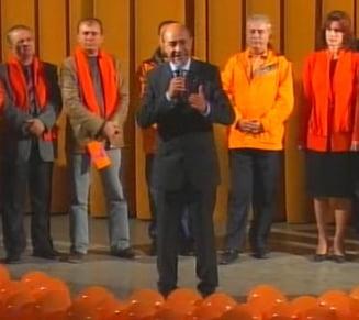 "Basescu: Geoana isi face ""injectii"" cu sondaje si risca sa ajunga un ""cadavru politic"""