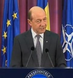 Basescu: Ii rog pe romani sa nu voteze candidatii cu dosar penal