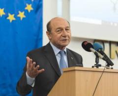 Basescu: Imi voi exercita mandatul la Bruxelles. Nu e corect sa candidezi si apoi sa renunti la mandat