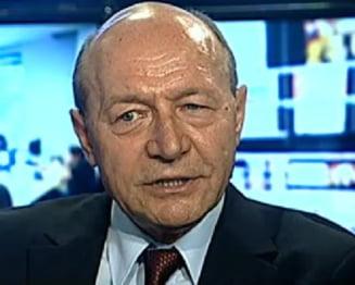 Basescu: Iohannis va plati factura. Oprea a tradat. Din economie nu intelege nimic
