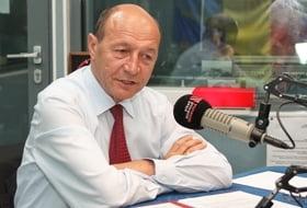 Basescu: Las Parlamentului libertatea sa modifice proiectul de Constitutie