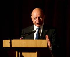 Basescu: Lipsa statului de drept si coruptia, riscuri la securitatea nationala. Uitati-va la Ucraina