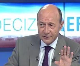 Basescu: Lovitura data institutiilor statului, aproape militar, e in numele puscariabililor