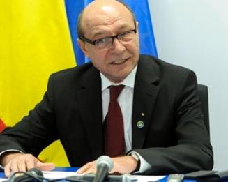 Basescu: Medicilor corupti li se diminueaza raspunderea penala! Legea, retrimisa la Parlament