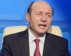 Basescu: Mircea Geoana o sa ramana virgin daca isi pune centura de castitate