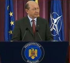 Basescu: Nicio problema nu se rezolva tipand, nu-ti arunci buzduganul peste frontiere
