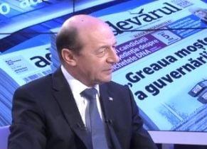 Basescu: Nu ma treceti in categoria naivilor care cred ca Udrea poate castiga alegerile (Video)