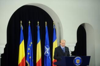 Basescu: Nu putem face o Constitutie pentru interesele lui Crin si Ponta. Antonescu, in rolul mincinosului (Video)