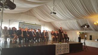Basescu: Obiectivul de tara al partidului nostru e unirea Romaniei cu R. Moldova