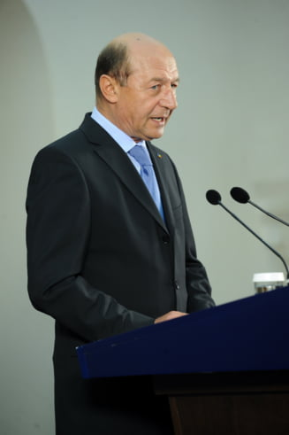 Basescu: Ordonanta de modificare a Legii educatiei face din Educatie un chiosc de diplome