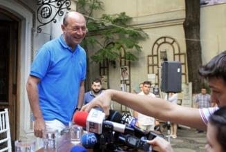 Basescu: Ponta a plagiat. Cum s-or simti elevii care au picat Bac-ul? Sa-si dea demisia!