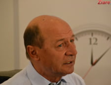 Basescu: Ponta a plecat demn din Guvern, Dragnea e maimuta Cotroceniului