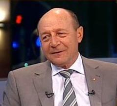 Basescu: Ponta a vrut suspendarea dupa ce a aparut scandalul plagiatului