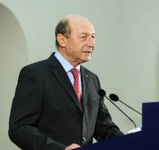 Basescu: Ponta e las, mincinos, periculos, corupt. A incalcat grav Constitutia! (Video)