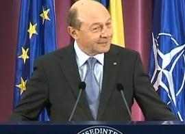 Basescu: Ponta minte in legatura cu POSDRU - A acceptat corectii uriase