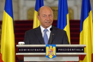 Basescu: Reorganizarea se face. Vezi cum se va revizui Constitutia (Video)