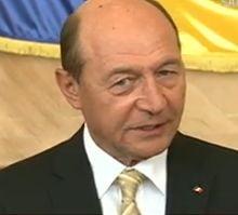 Basescu: Romania are bani pentru tineri. Invatamantul profesional, un program de succes (Video)