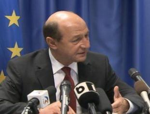 Basescu: Romania nu e incapabila sa contribuie mai mult la FMI. Deficit de 0,5% in Constitutie