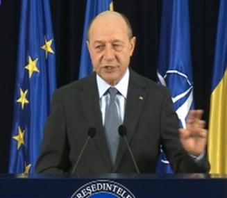 Basescu: Romanii nu au atatea drepturi in Ungaria, nu primim lectii de la politicienii maghiari