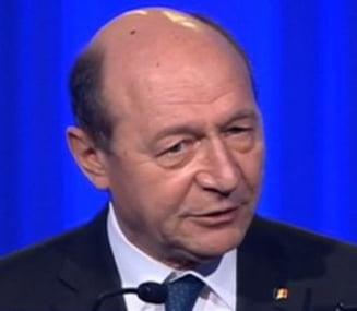 """Basescu: Sa le spunem prietenilor de la Moscova """"Lasati fiecare tara sa-si stabileasca drumul pentru viitor"""""""