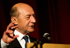 Basescu: Sansa Republicii Moldova de a ajunge in UE este unirea cu Romania