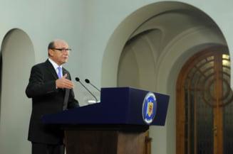Basescu: Serviciile tind sa-si extinda controlul. Eu le-am facut foarte puternice, urmatorul sa le controleze