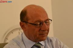 Basescu: Stam aici in Parlament cateva sute de oameni si unele legi ies tot proaste, cum e Codul Penal