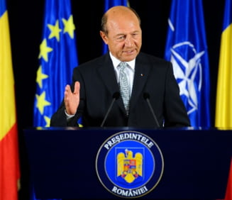 Basescu: Sunt jurnalisti si membri PSD amenintati de Ghita, fac rau ca tac si inghit. E un mafiot
