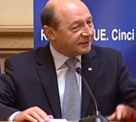 Basescu: Sunt politicieni care au discriminat Romania consistent - MCV trebuia ridicat